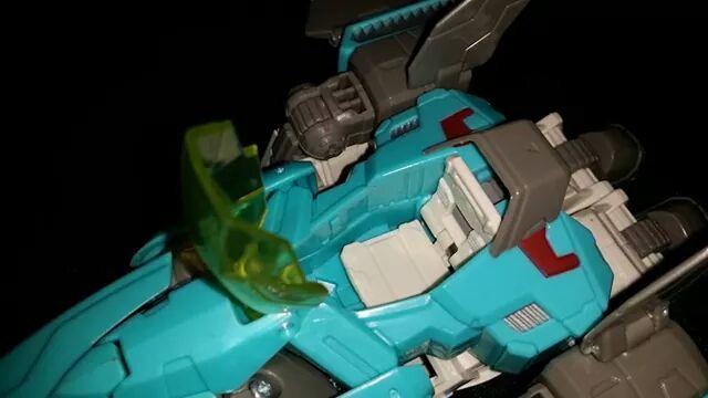 Collection Transformers de sylv1  (AOE, CHUG, TF PRIME, BH, MP, LABELS INDÉS ET G1.. ) - Page 24 Img_1014