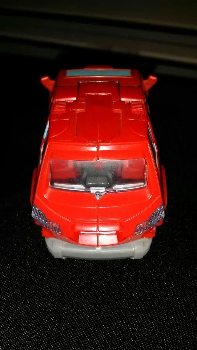 Collection Transformers de sylv1  (AOE, CHUG, TF PRIME, BH, MP, LABELS INDÉS ET G1.. ) - Page 24 Img_1412