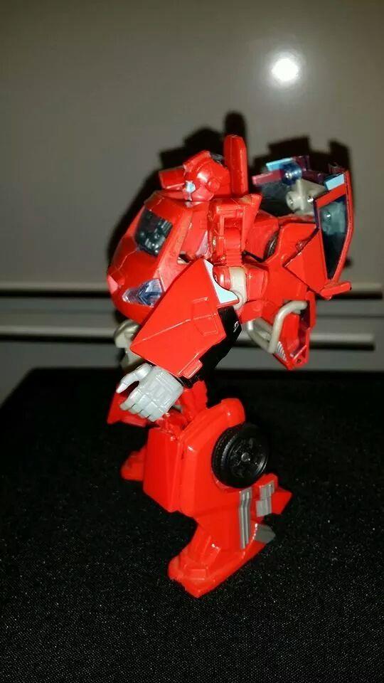 Collection Transformers de sylv1  (AOE, CHUG, TF PRIME, BH, MP, LABELS INDÉS ET G1.. ) - Page 24 Img_1415