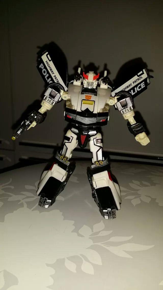 Collection Transformers de sylv1  (AOE, CHUG, TF PRIME, BH, MP, LABELS INDÉS ET G1.. ) - Page 24 Img_1515