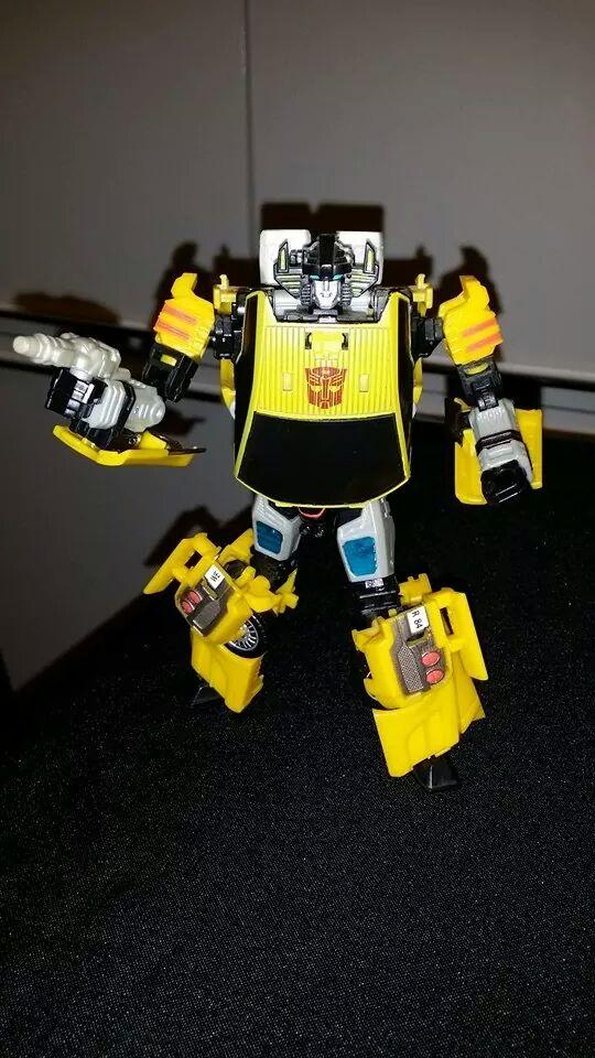 Collection Transformers de sylv1  (AOE, CHUG, TF PRIME, BH, MP, LABELS INDÉS ET G1.. ) - Page 24 Img_1616