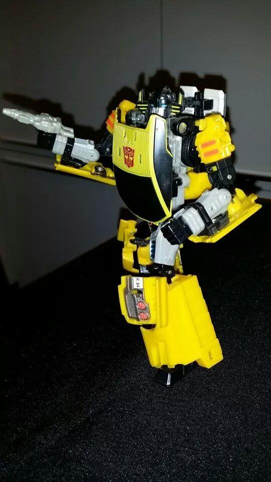 Collection Transformers de sylv1  (AOE, CHUG, TF PRIME, BH, MP, LABELS INDÉS ET G1.. ) - Page 24 Img_1617