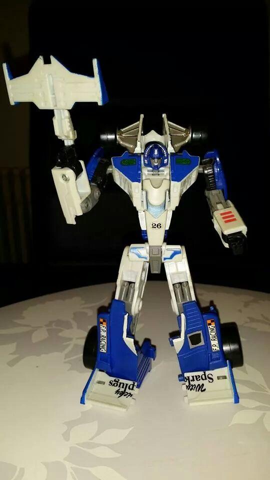 Collection Transformers de sylv1  (AOE, CHUG, TF PRIME, BH, MP, LABELS INDÉS ET G1.. ) - Page 24 Img_2012