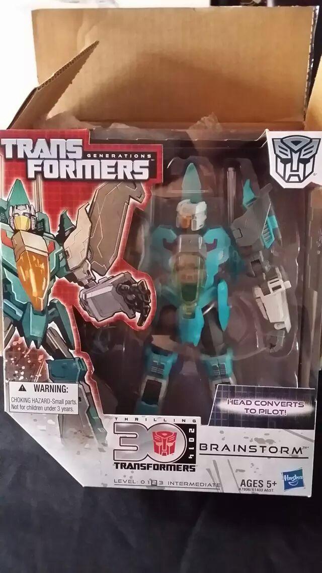 Collection Transformers de sylv1  (AOE, CHUG, TF PRIME, BH, MP, LABELS INDÉS ET G1.. ) - Page 24 Img_2510