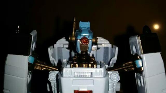 Collection Transformers de sylv1  (AOE, CHUG, TF PRIME, BH, MP, LABELS INDÉS ET G1.. ) - Page 24 Img_3218