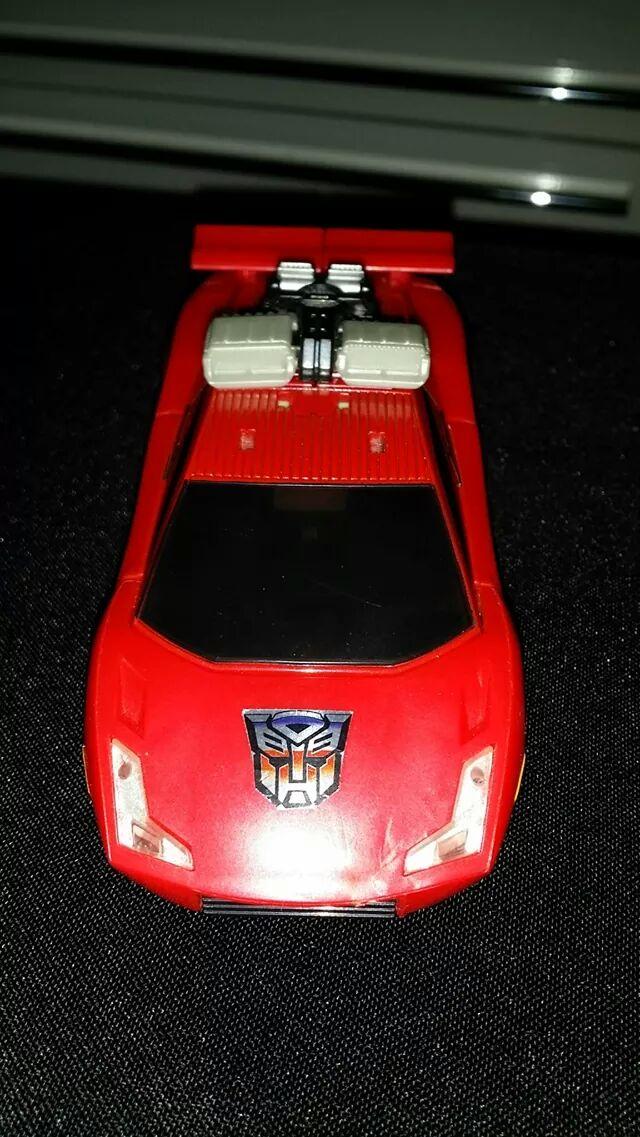 Collection Transformers de sylv1  (AOE, CHUG, TF PRIME, BH, MP, LABELS INDÉS ET G1.. ) - Page 24 Img_6010