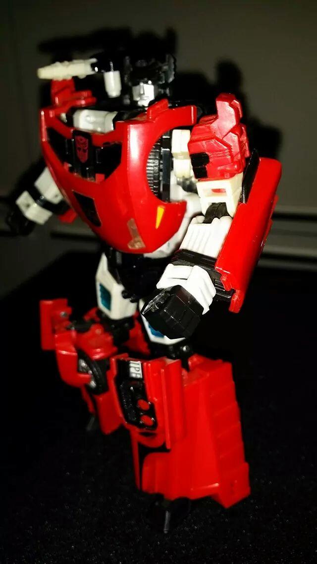 Collection Transformers de sylv1  (AOE, CHUG, TF PRIME, BH, MP, LABELS INDÉS ET G1.. ) - Page 24 Img_6112