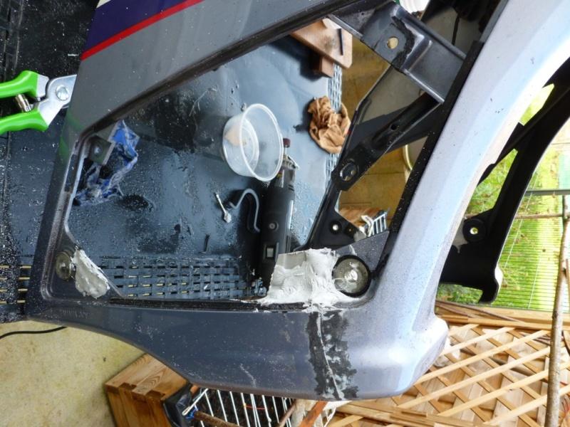 Restauration d'un 4 pattes aussi solide que nos V2, la FJ1200 - Page 5 Carena23
