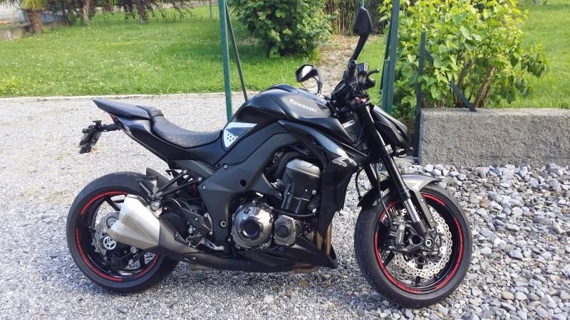 [NE VENDS PLUS ! :-) ] Z1000 2014 Black Excellent état Moto0510