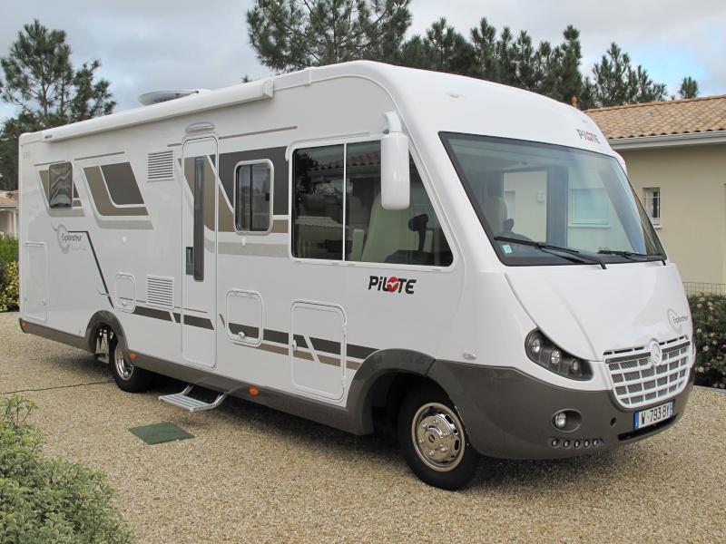 VENDU --- vends Camping car Pilote G 783LC Mercedes *** VENDU C_c_0110