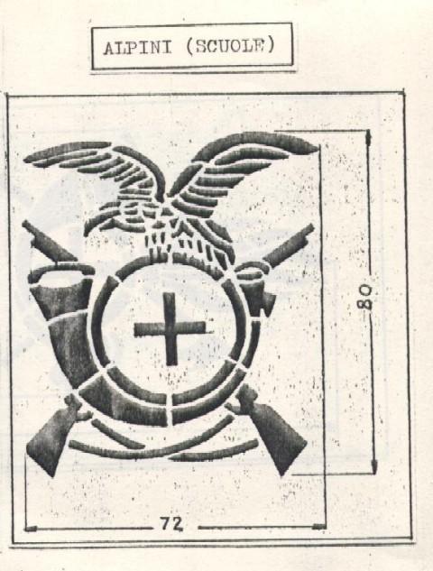 Une casque M.33 des Alpini , réutilisé par le F.F.I. ! Fregio10