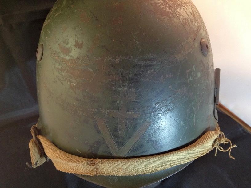 Une casque M.33 des Alpini , réutilisé par le F.F.I. ! Img_5518