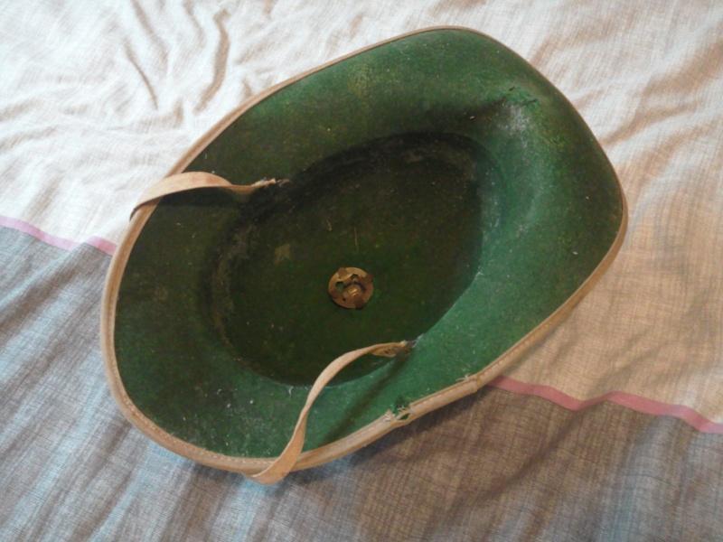 Montrez vos casques tropicaux - Page 3 Photo014