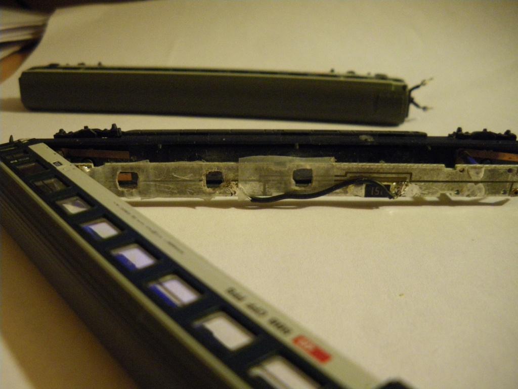 Eclairage intérieur à LEDs de la rame voyageurs 'Push/Pull' des CFF 87455 Imgp0216