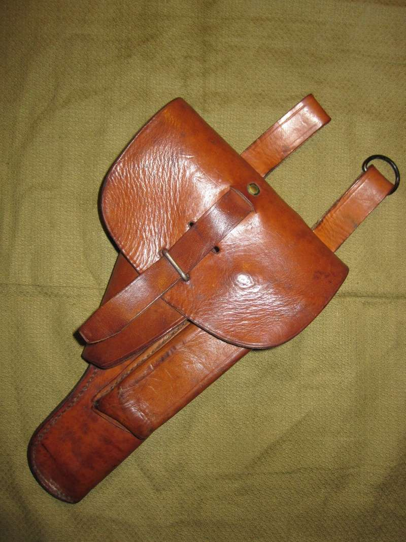 Identification d'étui holster cuir - inscription 1941 00110