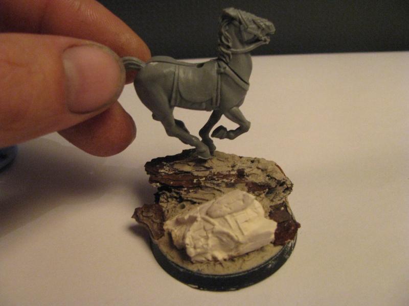 Tutoriel socle de cavalerie statue antique brisée Img_2619