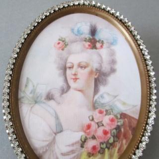 A vendre: miniatures de Marie Antoinette et de ses proches - Page 3 Z5711