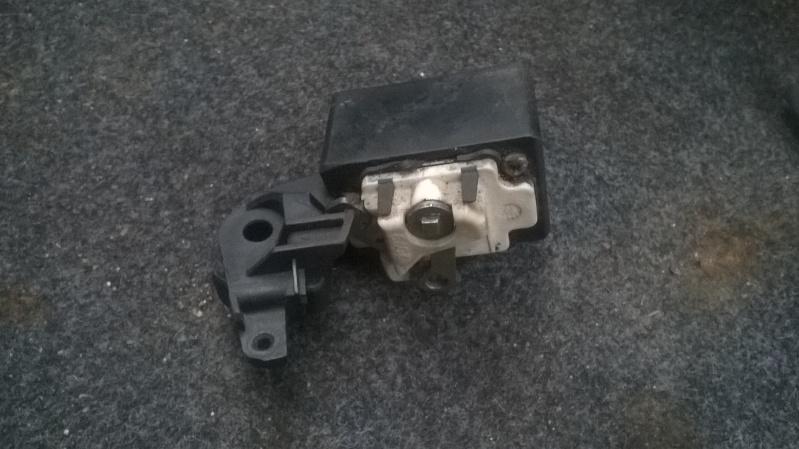 reparer mon coffre de  ma peugeot Wp_20117
