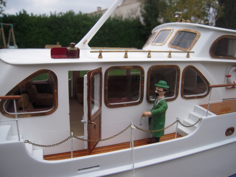 Yacht Brigand (Navig 1/25°) de gueudet - Page 2 Dscn3516