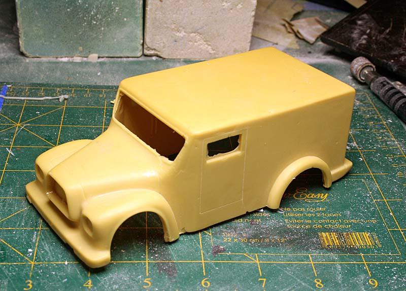 """FORD 1948 COE """"box van"""" : Terminé !!!! Img_8832"""