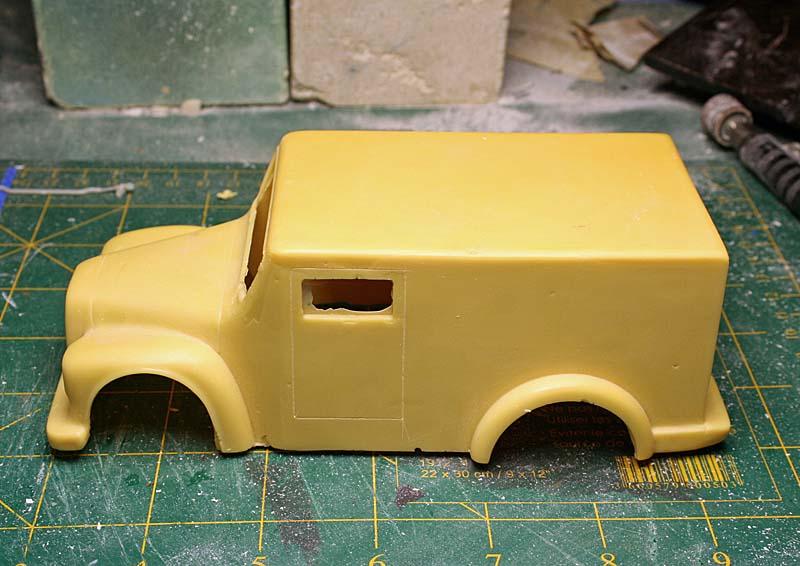 """FORD 1948 COE """"box van"""" : Terminé !!!! Img_8833"""