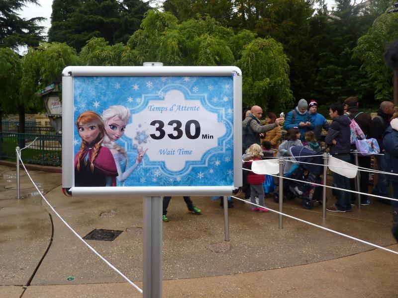 Princess Pavilion avec Anna et Elsa - Page 19 P1230411