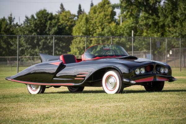 @VendrediEtMoi #VendrediEtMoi #CommunityManager : La toute première #Batmobile est en #vente Lf-1-610