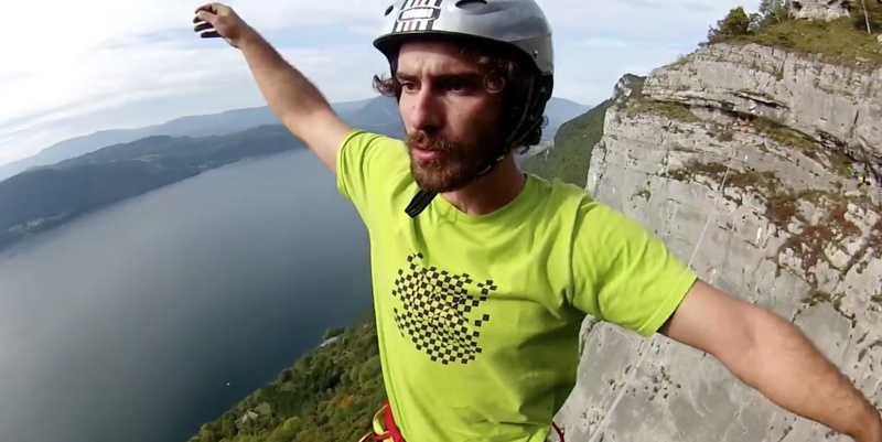 @VendrediEtMoi #VendrediEtMoi #CommunityManager : #Record du monde de #Slackline #601m Theo-s11