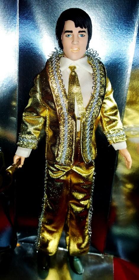 ELVIS PRESLEY 1984 WORLD DOLL - BLACK CUSTOM KIMONO LAS VEGAS '69 Lomogr13