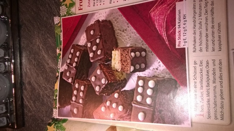In der Weihnachtsbäckerei... Wp_20126