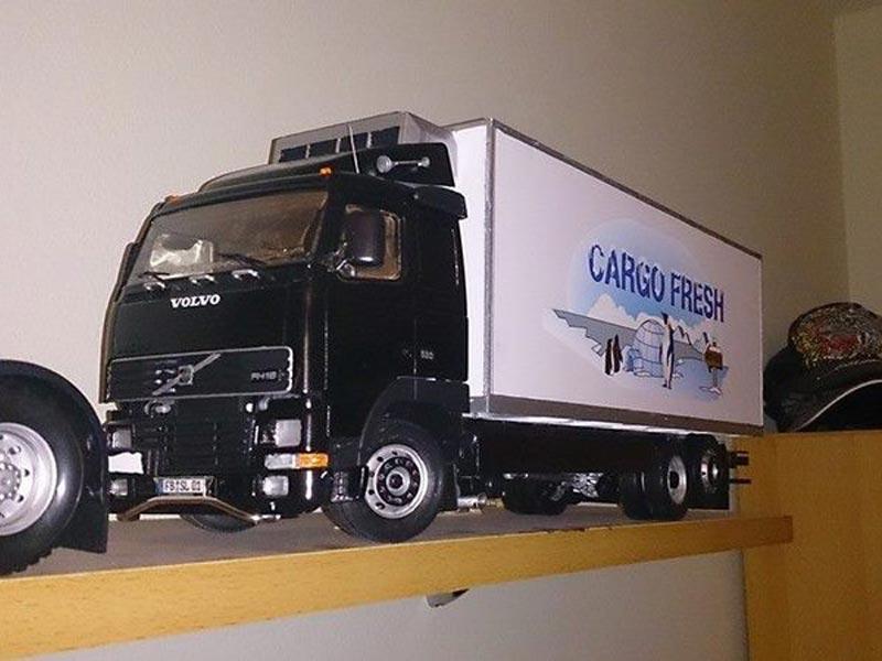 Mein erstes Modell: Italeri Volvo Reefer Truck 310