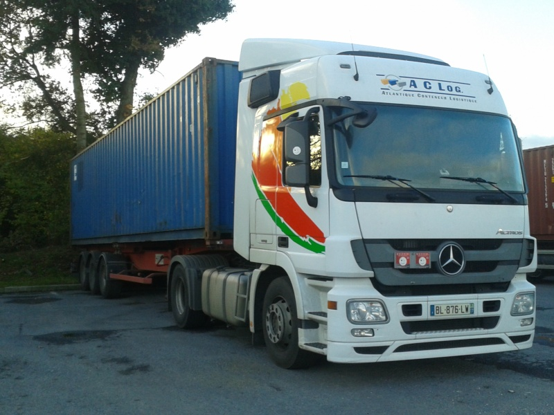 A.C.Log (Atlantique Container Logistique) (Groupe Sarrion) (St Jean d'Angely, 17) 2014-159