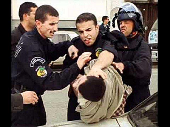 L'Algerie est fiere de sa police on ne peut que desapprouver ! Mimoun14