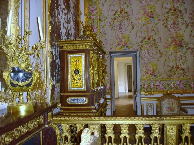 chambre - La chambre de la Reine à Versailles Dsc06112