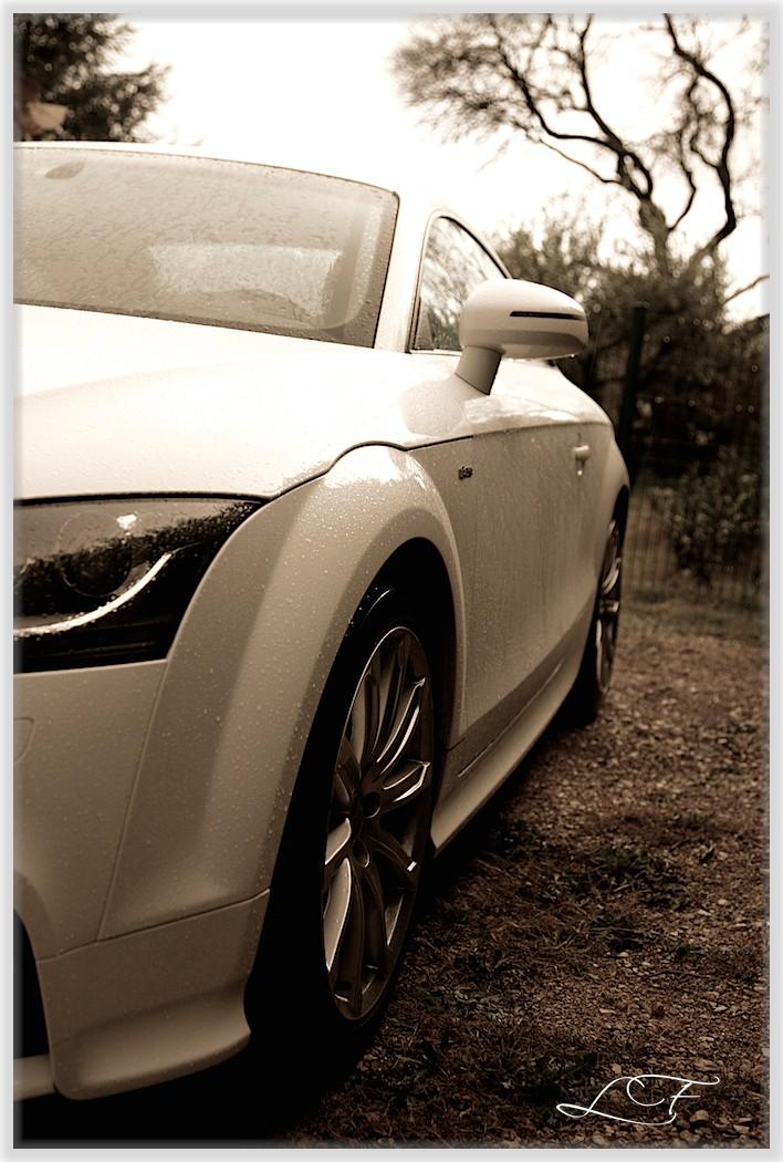 Audi TT 2.0 litres TFSI Quattro Blanc Ibis S line 2l2z2212