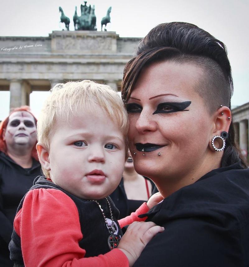 Archiv  Berliner Gothic-Treffen/Fotos, Presseberichte & Beiträge Ff14