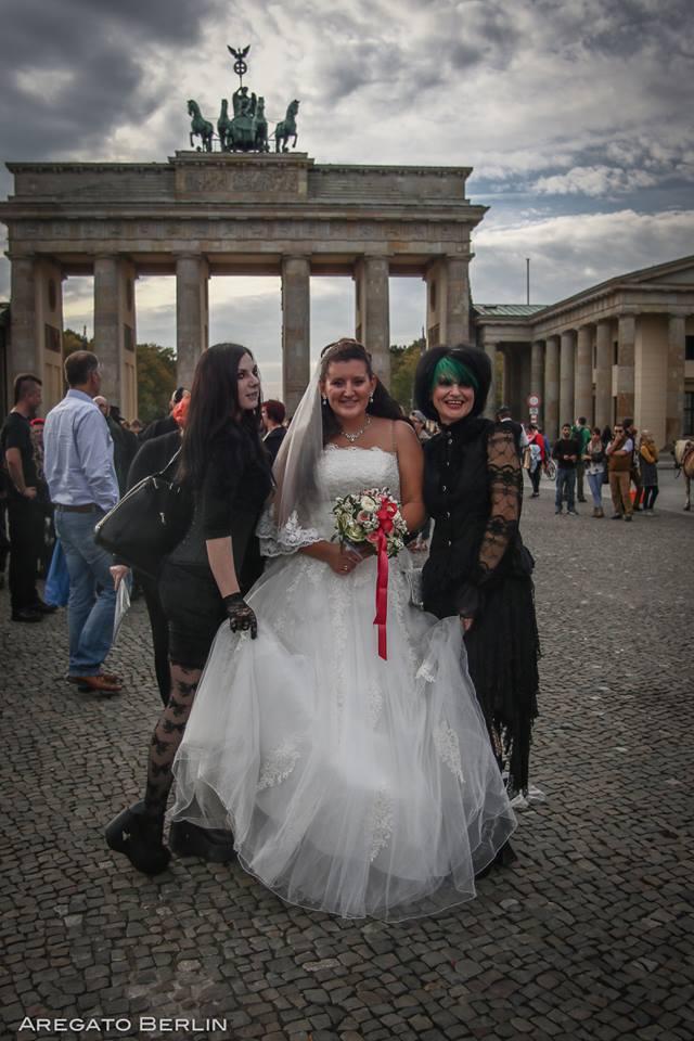 Archiv  Berliner Gothic-Treffen/Fotos, Presseberichte & Beiträge Op10