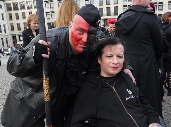 Archiv  Berliner Gothic-Treffen/Fotos, Presseberichte & Beiträge Sam_5035