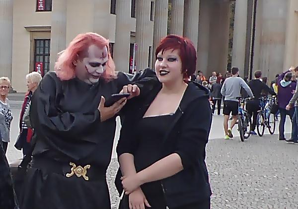 Archiv  Berliner Gothic-Treffen/Fotos, Presseberichte & Beiträge Sam_5040