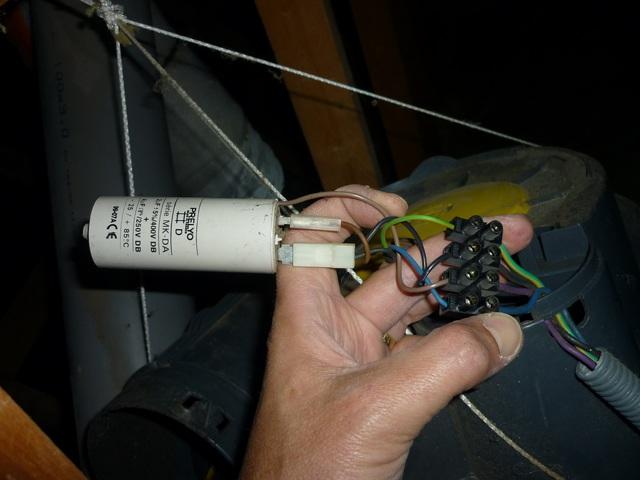 Remplacement condensateur VMC Atlantic Eolix P1040412