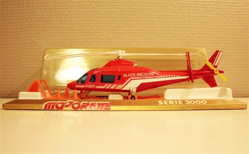 N°3043 Hélicoptère Agusta 109 Alpes_10