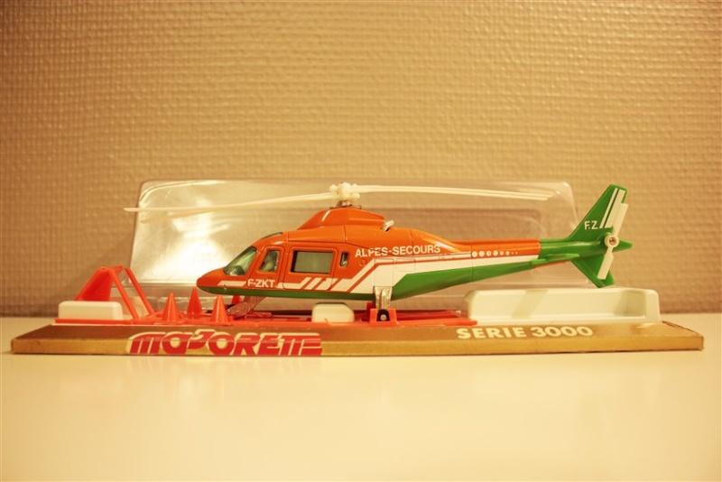 N°3043 Hélicoptère Agusta 109 Alpes_11