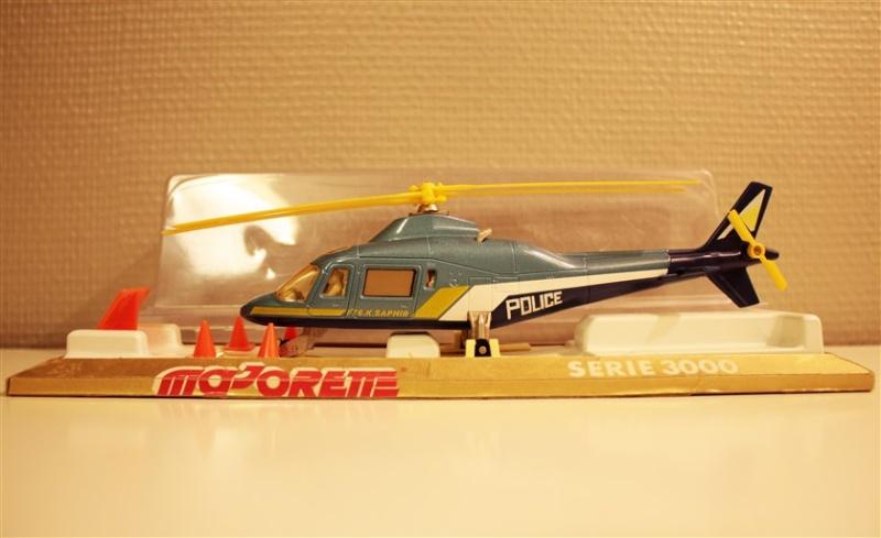 N°3043 Hélicoptère Agusta 109 Police13