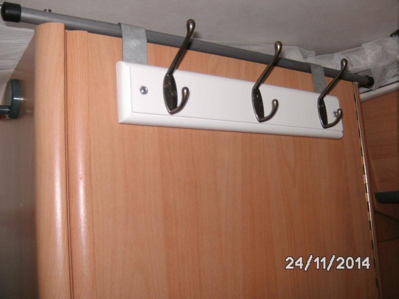 Porte manteau additionnel Bild0210