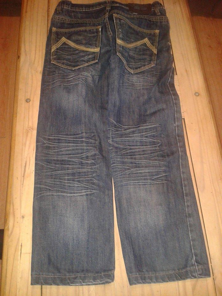 jeans 12 ans  3 euros piece Jeans311