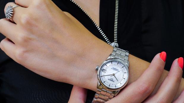 Montre femme automatique budget max 750€ Tissot10