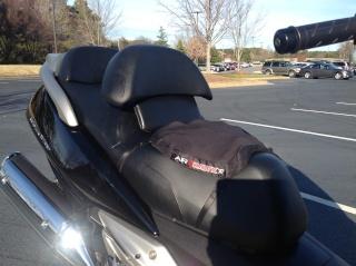 Seat, backrest, suspension, windshield  Img_0918