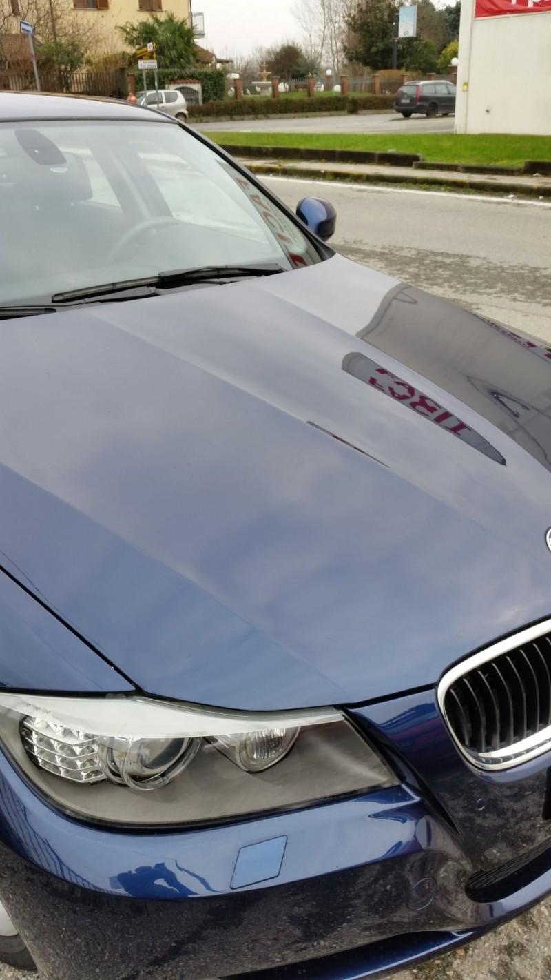 Eliminare macchie e aloni su cofano BMW 320d Image014