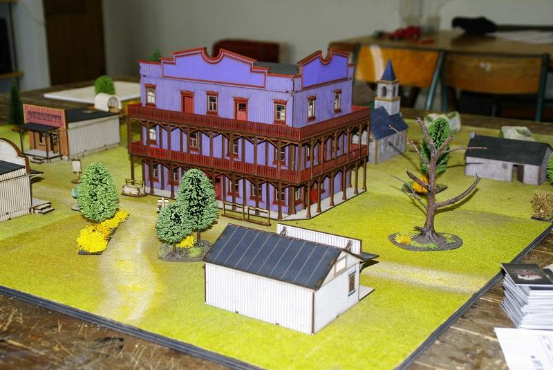 "Projet Table Western chez ""La Mandragore"" Saloon10"