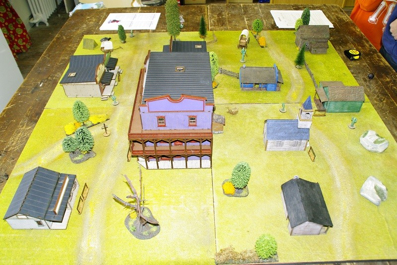 "Projet Table Western chez ""La Mandragore"" Table210"